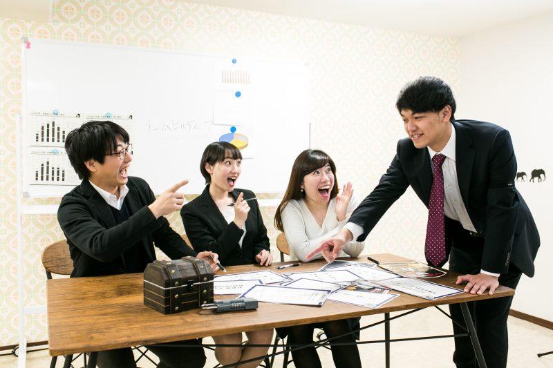 【インタビュー】頭脳系チームビルディング! 謎解き脱出ゲーム「ある会議室からの脱出」