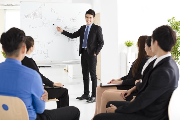 コミュニケーション研修はどのようなことをする?得られるメリットは?