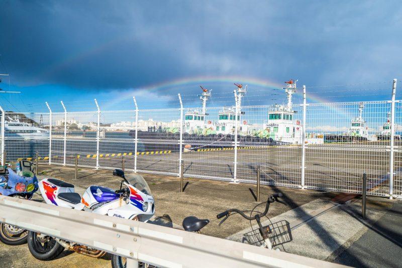脱出ゲーム終了後の空にかかった二重の虹