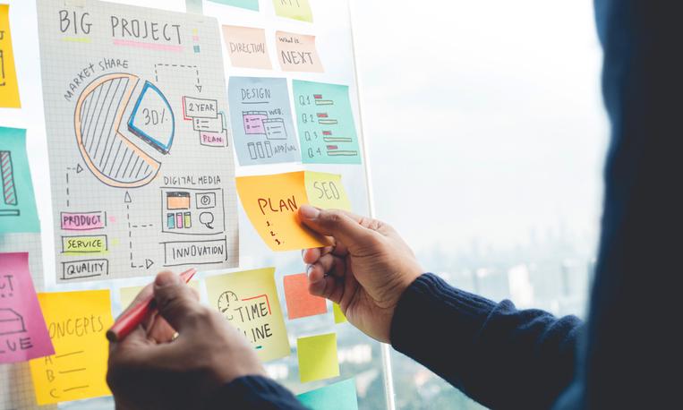 社内イベントを企画する方法
